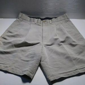 Callaway tan golf shorts